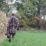 LtlAcorn Hunting-Bad habits of your hunting partner